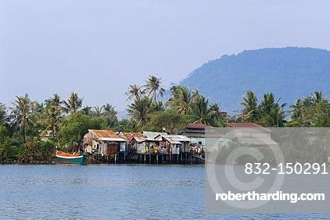 Teuk Chhou River, Kampong Bay River, Kampot, Cambodia, Indochina, Southeast Asia