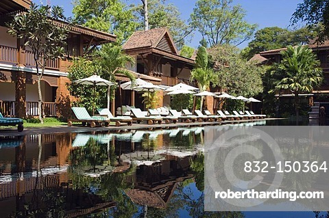 Swimming pool in a luxury hotel, La Residence de Angkor, Siem Reap, Cambodia, Indochina, Southeast Asia, Asia
