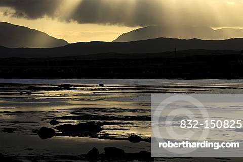 Connemara landscape at sunrise, Roundstone, County Galway, Republic of Ireland, Europe