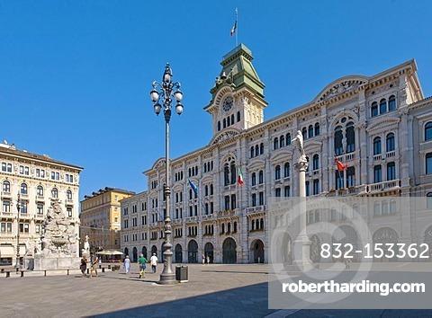 Piazza dell Unita d'Italia, Triest, Italy, Europe