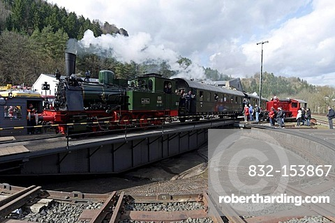 Dampfspektakel 2010 steam train show, Prussian steam engine T11-Hannover 7512 on the turntable at the railway depot, Gerolstein, Rhineland-Palatinate, Germany, Europe