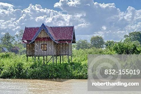 House at the Mekon in rain, 4000 Islands, Laos, Southeast Asia