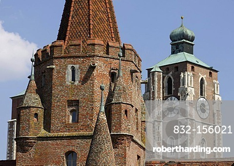 Minster, Kreuztor Gate, Ingolstadt, Bavaria, Germany, Europe