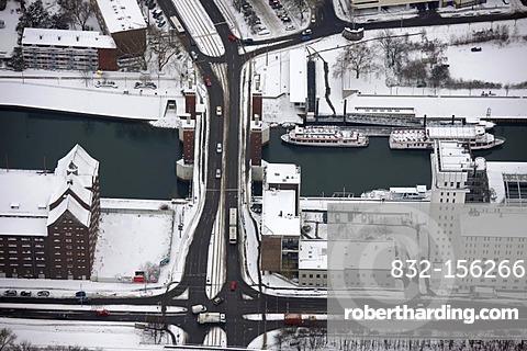 Aerial view, Innenhafen harbor, Schwanentor city gate, Duisburg, Ruhrgebiet region, North Rhine-Westphalia, Germany, Europe