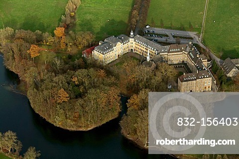 Aerial view, Wasserschloss Niederrhein moated castle, manor, Haus Aspel monastery, school, Rees, Niederrhein region, North Rhine-Westphalia, Germany, Europe