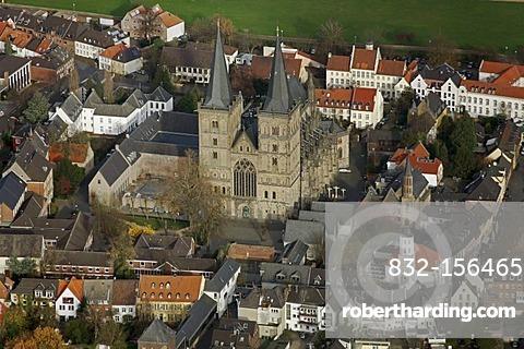 Aerial view, cathedral St. Viktor, chapter, Xanten, Niederrhein region, North Rhine-Westphalia, Germany, Europe