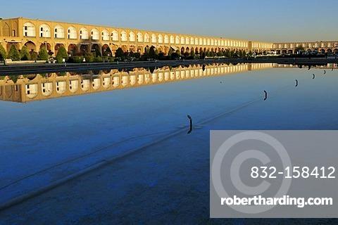 Reflection of Meidan-e Emam, Naqsh-e Jahan, Imam Square, UNESCO World Heritage Site, Esfahan, Isfahan, Iran, Persia, Asia