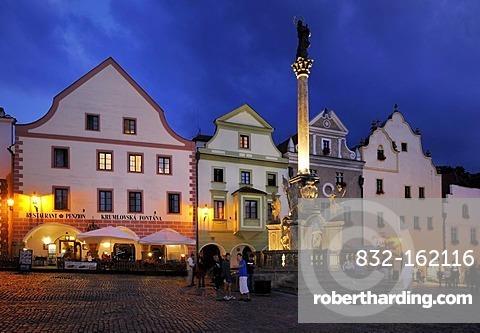 Namesti Svornosti square, historic old town in the evening, UNESCO World Heritage Site, Cesky Krumlov, Czech Republic, Europe