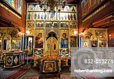 Interior, wooden Russian Orthodox church of Sankt Nikolaus in the Internationales Wind- und Wassermuehlen-Museum international wind and water mill museum in Gifhorn, Lower Saxony, Germany, Europe
