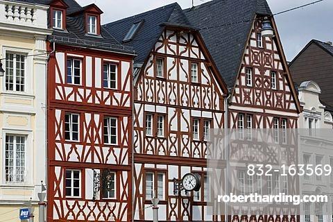 Half-timbered houses, Hautpmarkt square, Trier, Rhineland-Palatinate, Germany, Europe