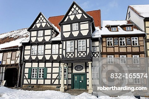 Klopstock museum, historic half-timbered houses, snow-covered, castle hill, Quedlinburg, Harz, Saxony-Anhalt, Germany, Europe