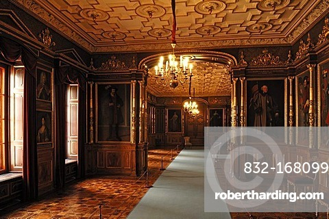 Ancestral gallery of the dukes of Mecklenburg Schwerin, Schweriner Schloss castle, built from 1845 to 1857, romantic historicism, Lennestrasse 1, Schwerin, Mecklenburg-Western Pomerania, Germany, Europe