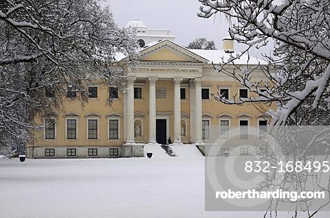Schloss Woerlitz, Woerlitzer Park in winter, Woerlitz, Saxony-Anhalt, Germany, Europe