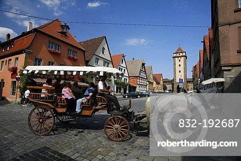 Coach at the Galgengasse lane with the Galgentor gallows gate, historic Rothenburg ob der Tauber, Bavaria, Germany, Europe