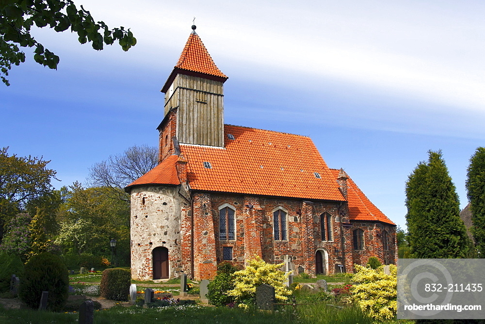 Historic St. Katharinenkirche church in Middelhagen at the European Route of Brick Gothic, Moenchsgut, Ruegen island, Mecklenburg-Western-Pomerania, Germany, Europe