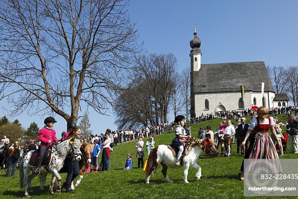 Georgiritt, George's Ride, Easter Monday procession, Ettendorf Church, Traunstein, Chiemgau, Upper Bavaria, Bavaria, Germany, Europe