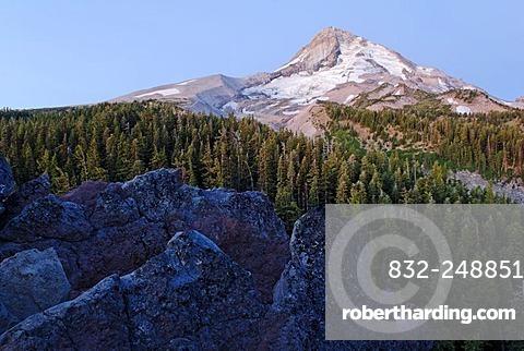 Eastern flank of Mount Hood Volcano with the Elliot Glacier, Cloud Cap, Cascade Range, Oregon, USA