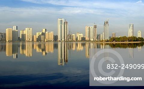 Skyline and corniche of Sharjah City, Emirate of Sharjah, United Arab Emirates, Arabia, Near East