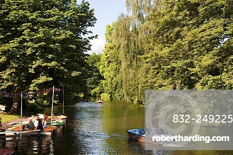 Lake in Palace Gardens, Oldenburg, Lower Saxony, Germany, Europe