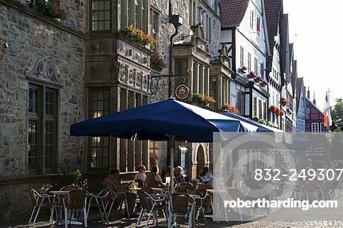 Market square, historic town centre, Rinteln, Weserbergland, Lower Saxony, Germany, Europe