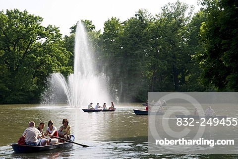 Carolasee, Carola lake, rowing boat, Grosser Garten, Dresden, Saxony, Germany