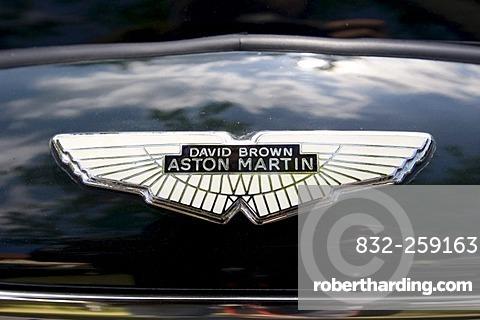 Aston Martin, David Brown, Logo