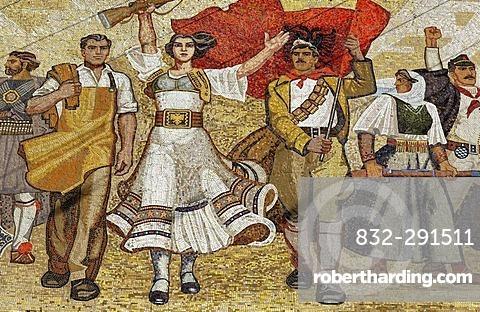 Socialist propaganda and hero mosaic on the National Museum, Skanderbeg Platz, Tirana, Albanien, Europa