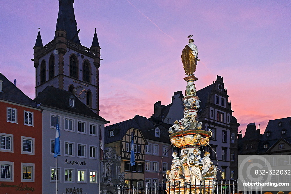 Main market place, St. Peter fountains and St. Gangolf church, Trier, Rhineland-Palatinate, Germany