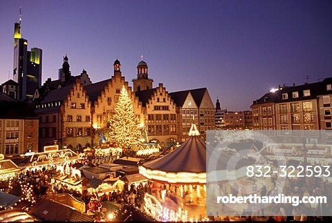 Frankfurt/M, Germany: Chistmas market on the Frankurt place