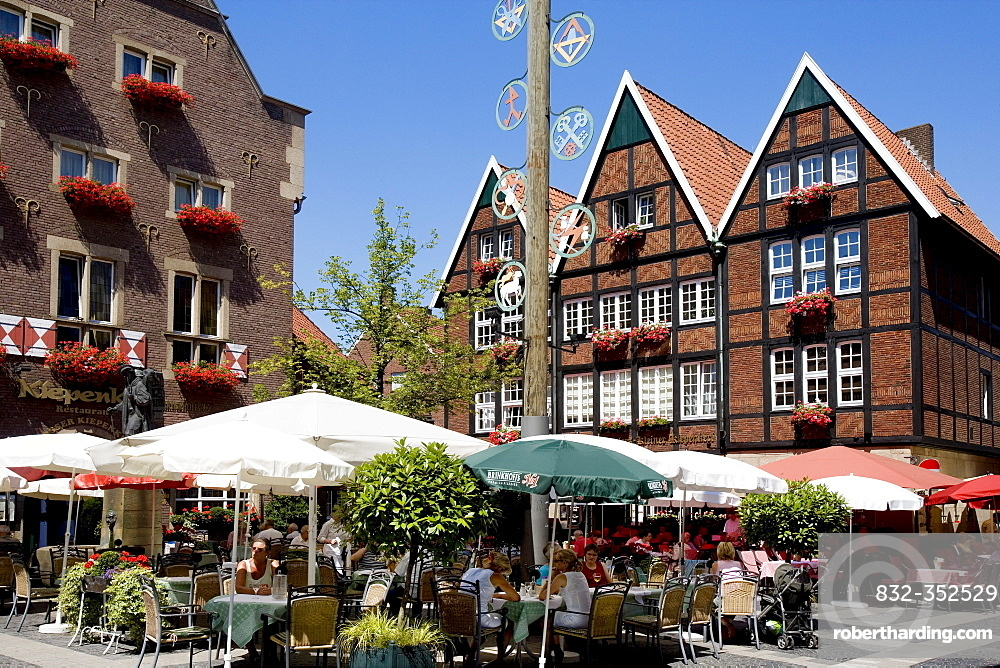 Restaurants located on Spiekerhof courtyard, Muenster, North Rhine-Westphalia, Germany, Europe