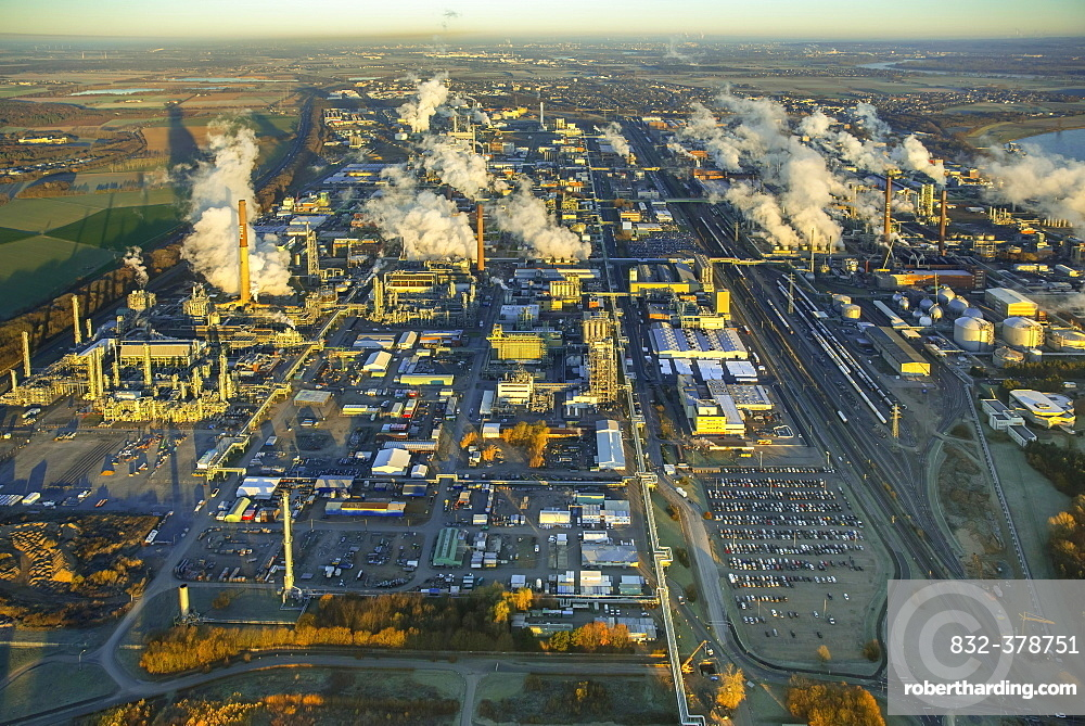 Chempark Dormagen with steaming chimneys in the morning light, production, research and services companies, chemical industry, Cologne, Rhineland, North Rhine-Westphalia, Germany, Europe