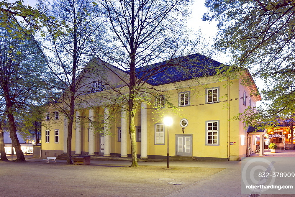 Kurtheater, theatre in the spa district, Bad Pyrmont, Lower Saxony, Germany, Europe