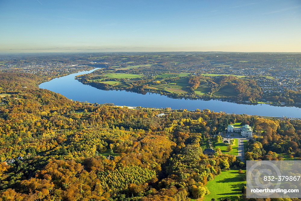 Lake Baldeney in fall, Essen, Ruhr district, North Rhine-Westphalia, Germany, Europe