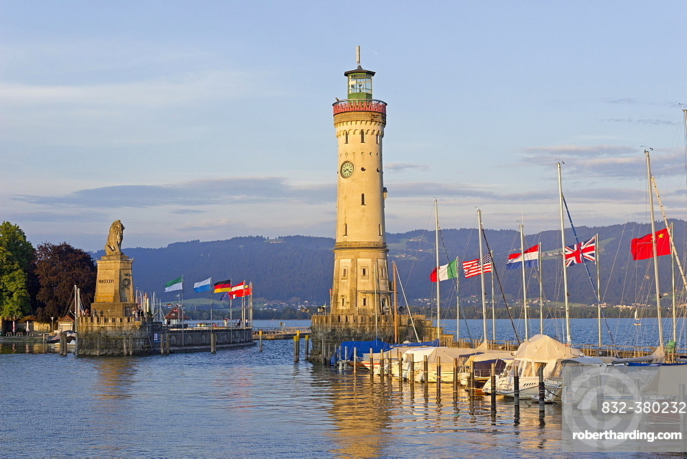 Lighthouse, harbor, Lindau, Lake Constance, Bavaria, Deutchland