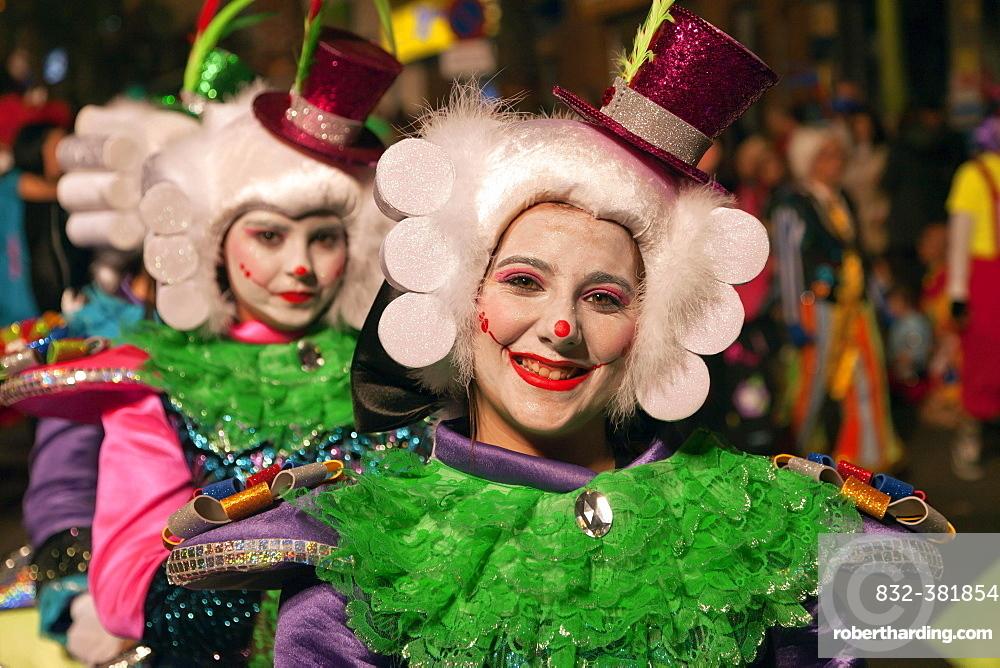 Children in imaginative costumes at the carnival, Santa Cruz de Tenerife, Tenerife, Canary Islands, Spain, Europe