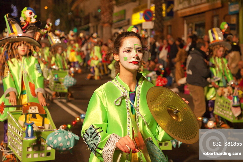 Imaginative costumes at the carnival, Santa Cruz de Tenerife, Tenerife, Canary Islands, Spain, Europe