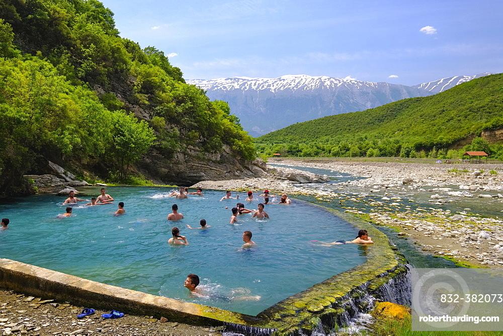 Thermal springs of Benjë, River Lengarica, Lengaricë, near Përmet, National Park Hotova-Dangell, behind the Nemërçka Mountains, Qar Gjirokastra, Gjirokastër, Albania, Europe