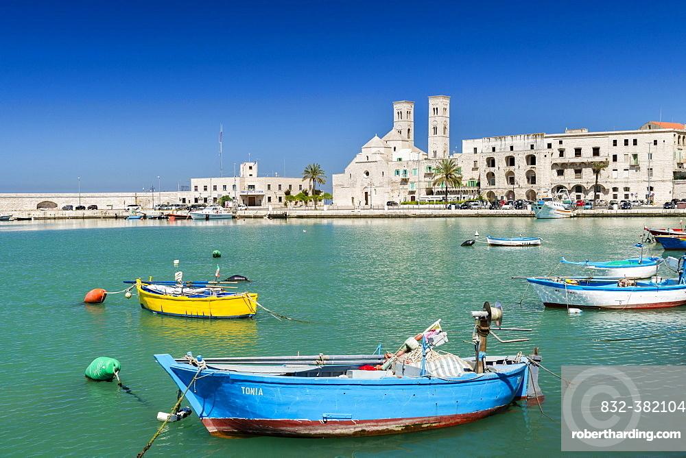 Fishing boats in the harbor, historic centre and Romanesque Old Cathedral, San Corrado, Molfetta, Bari Province, Apulia, Italy, Europe