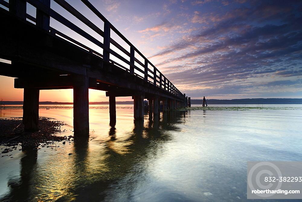 Morning mood, jetty on Lake Ammer, near Riederau, Bavaria, Germany, Europe