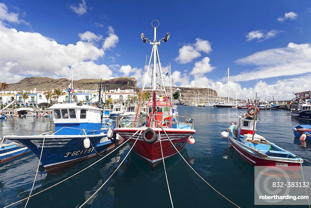 Fishing boats in the harbor, Puerto de Mogan, Gran Canaria, Canary Islands, Spain, Europe