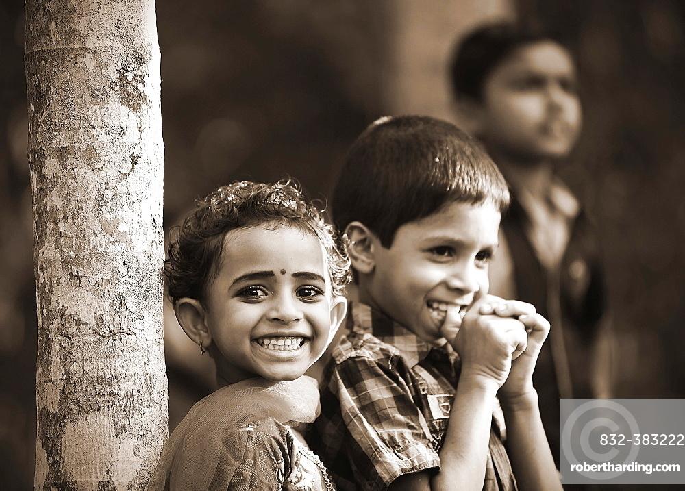 Smiling children, Kerala, South India, India, Asia