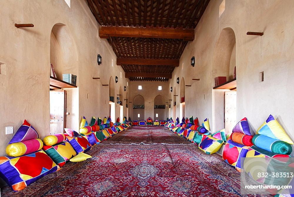 Assembly room, Nakhl Fort or Husn Al Heem, fortress, historic mudbrick building, Al-Batinah province, Sultanate of Oman, Arabian Peninsula