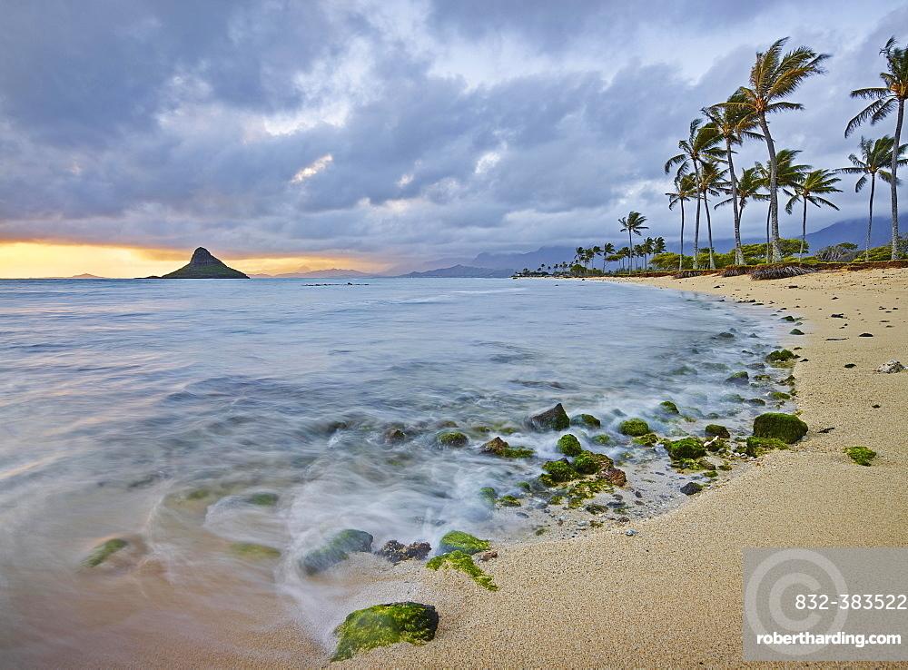 Sandy beach at Kualoa Regional Park, Oahu, Hawaii, United States, North America