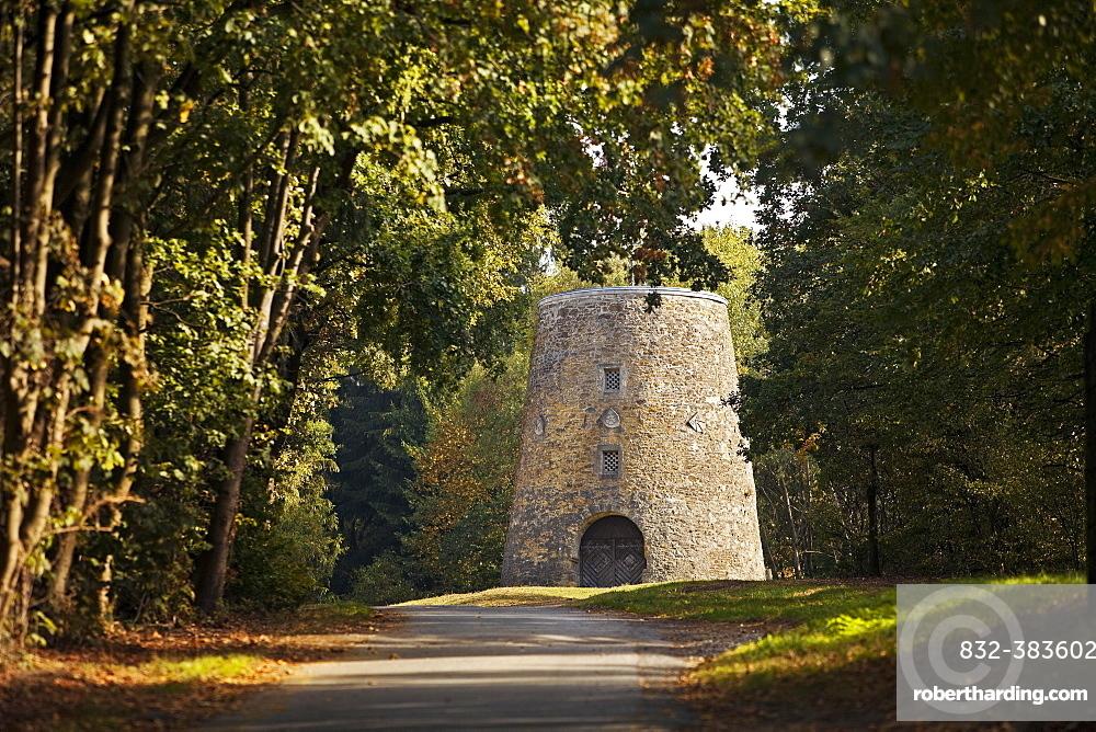 Kumsttonne on the Tonsberg, Oerlinghausen, East Westphalia, North Rhine-Westphalia, Germany, Europe