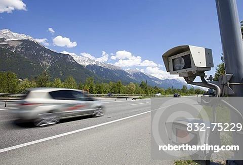 Speeding driver, radar speed control camera on the Inn Valley motorway A12 in the direction of Kufstein shortly before Innsbruck, Austria, Europe