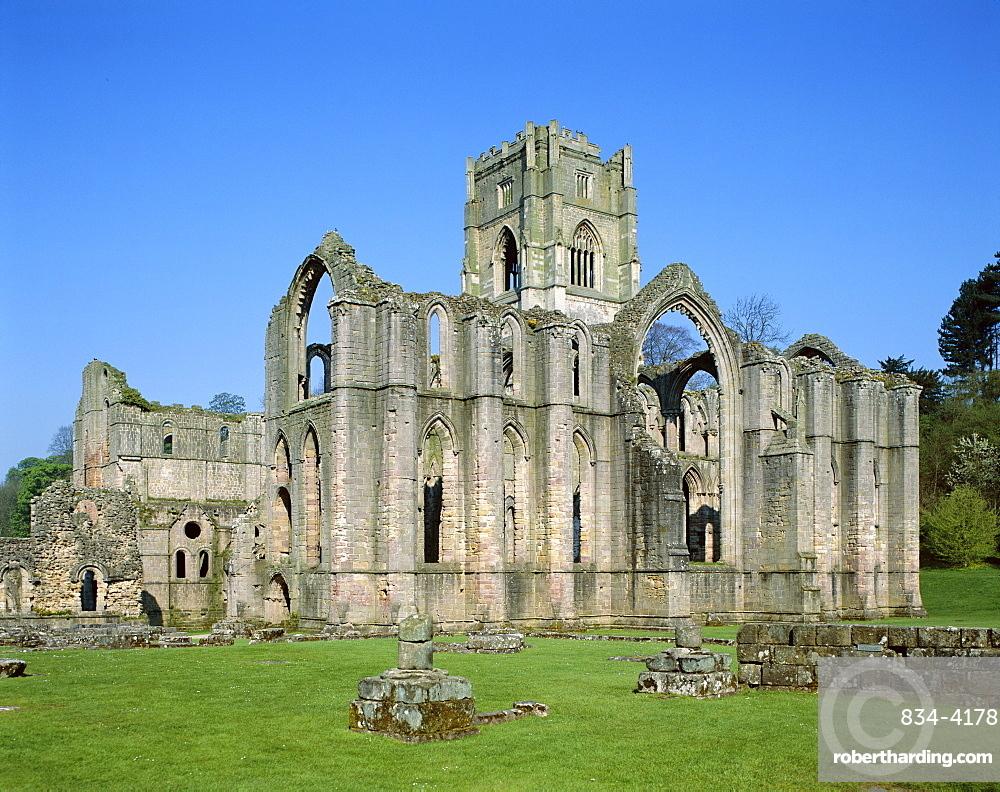 Fountains Abbey, UNESCO World Heritage Site, Ripon, North Yorkshire, England, United Kingdom, Europe