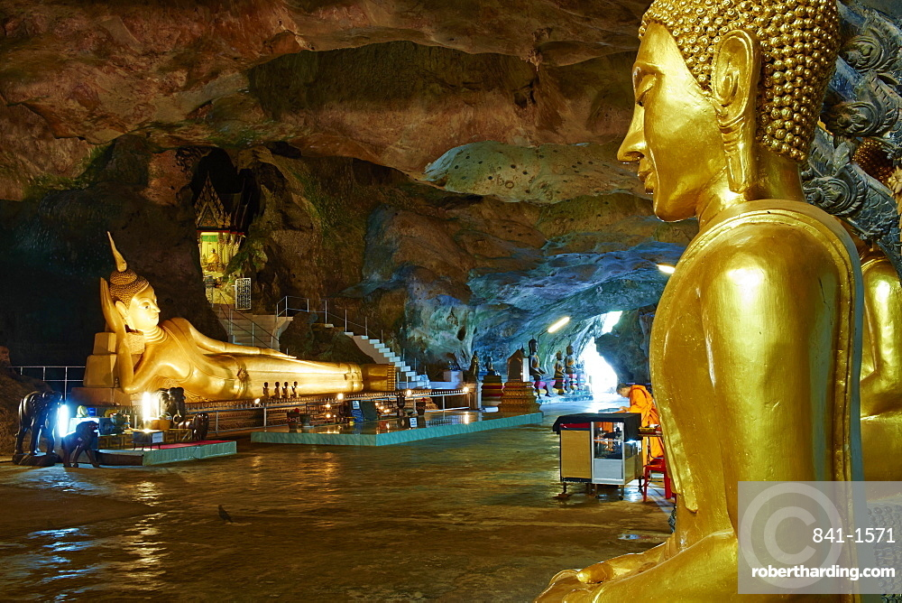 Wat Tham Suwan Khuha Buddhist Cave, Phang Nga Bay, Krabi Province, Thailand, Southeast Asia, Asia