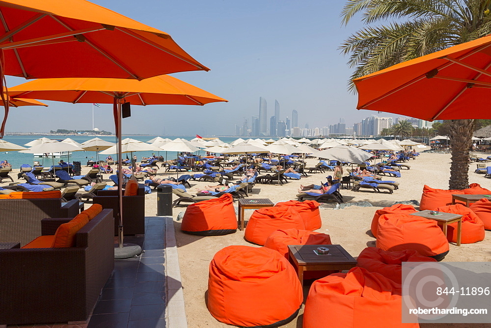 View of Atlantis Hotel and Al Marina from Corniche Beach, Abu Dhabi, United Arab Emirates, Middle East