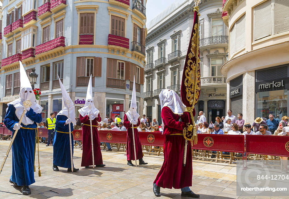 Locals taking part in the Resurrection Parade on Easter Sunday, Malaga, Costa del Sol, Andalusia, Spain, Europe