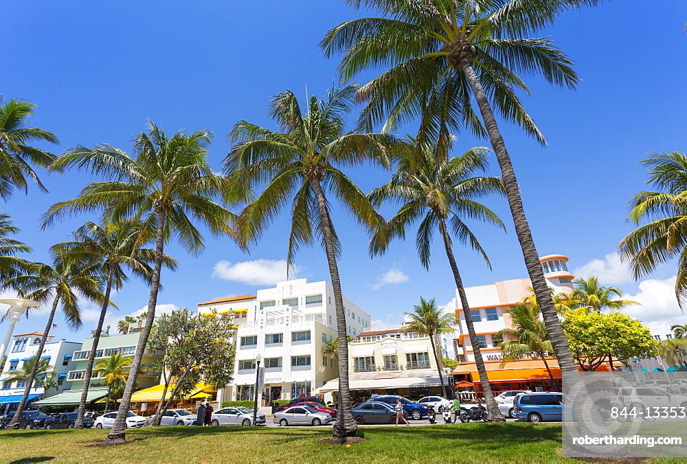 Ocean Drive and Art Deco architecture, Miami Beach, Miami, Florida, United States of America, North America